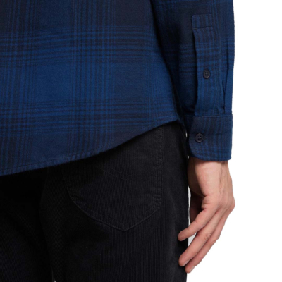 LEE Riveted Men Shirt - Washed Blue (detail)