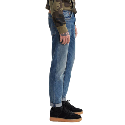 Levi's® Hi Ball Roll Jeans - Game Point (side)