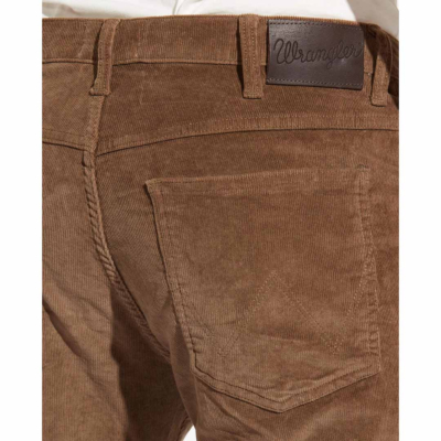 WRANGLER Arizona Cord Trousers Regular - Teak (brand label)