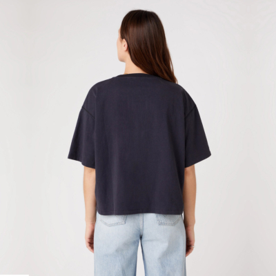 WRANGLER Boxy Women Top in Washed Black (W7S2GFXVD)