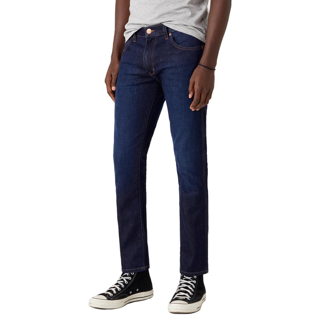 WRANGLER Larston Jeans Slim Tapered - Lucky Star (W18SAO990)